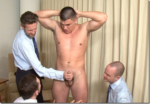 cmnm-training-muscular-guy-and-three-businessmen